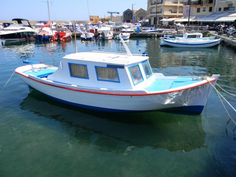 Notre embarcation dans le port de Chania