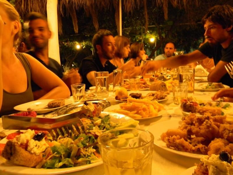 Festin au restaurant - Chania