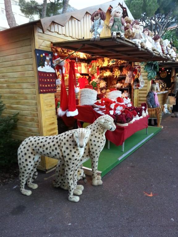 Bizarre marché de Noël au thème hybride... pas compris